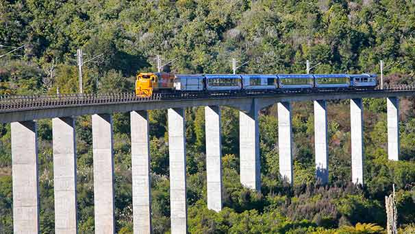 Northern Explorer, Hapuawhenua viaduct
